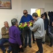 Poklanjanje jaglaca članici Mirti Alilović